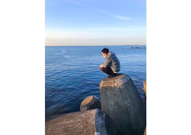 オフショット:静岡市、用宗海岸にて(釣り)