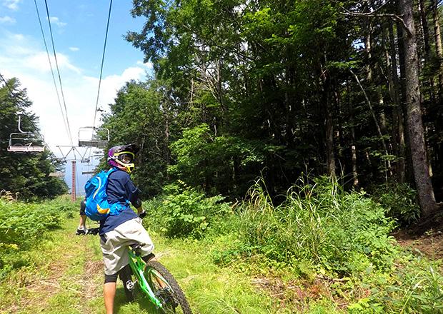 オフショット:静岡県、スキー場にて(フロートレイル)